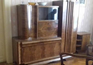 Prodajemo stari funkcionalni nameštaj u Zrenjaninu